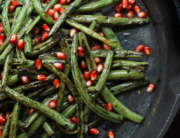 Charred-Green-Beans-The-Healthy-Maven
